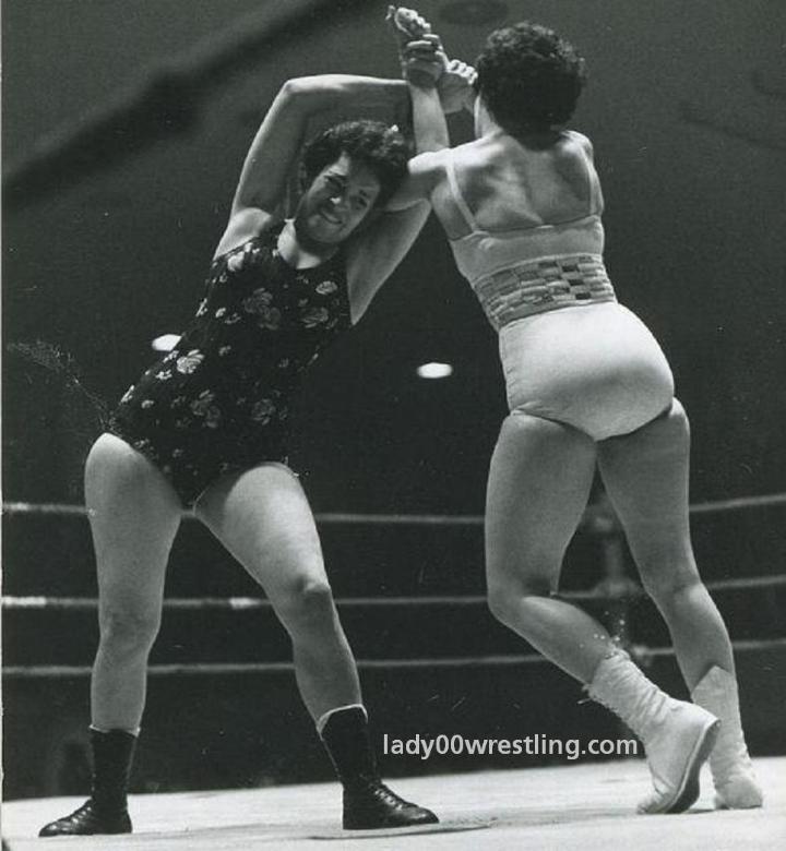 1950s Women S Wrestling
